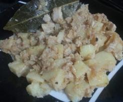 Migas de atún con cebolla y patatas