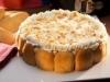 Tarta de fiesta con soletillas y almendras