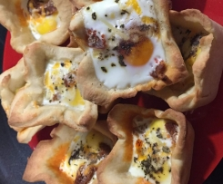 Tartaletas de huevo con sobrasada
