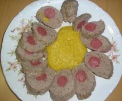 Rollo de carne relleno de salchicha