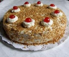 Tarta de crema y nata con crocanti