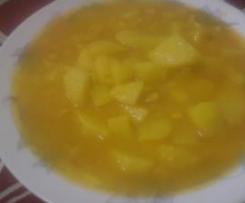 Caldo de papas con millo