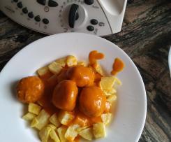 Albóndigas con salsa fina y patatas