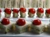 Aperitivos de mantequilla de anchoa, ajo y perejil