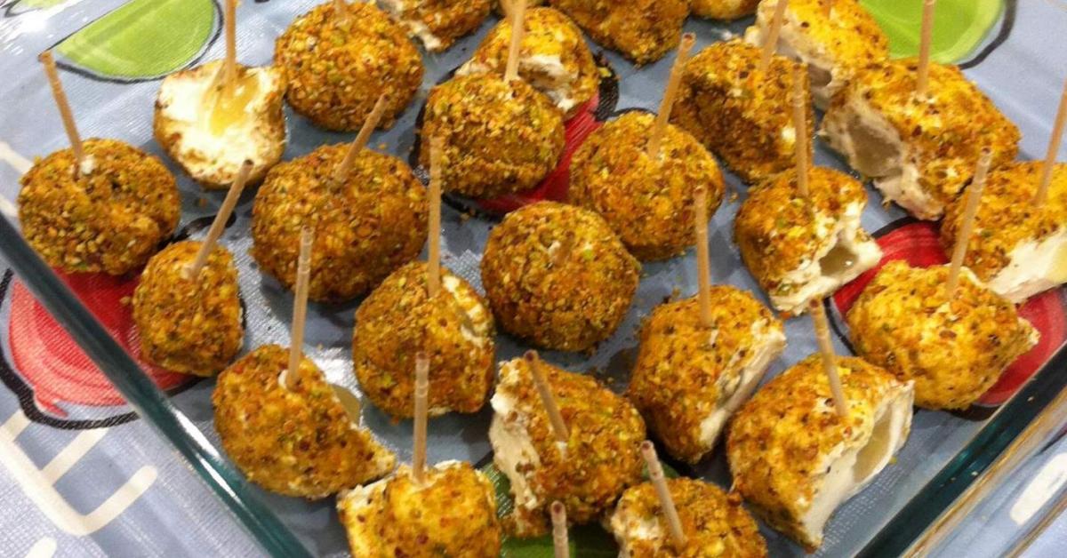 Bolitas de queso de cabra con uvas y pistacho por loredav12 la receta de thermomix se - Beneficios queso de cabra ...