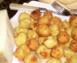 Bolitas de queso oveja con tomillo y romero