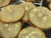 Cookies de chocolate blanco con nueces de macadamia