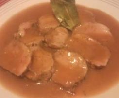 Solomillo de cerdo a la sal con salsa especial
