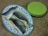 Lubina rellena de plátano y crema de guisantes