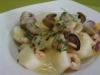 Cazuela de patatas con chirlas y gambas