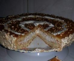 Tarta de Nata y Yemas con crujientes de almendras