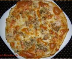 PIZZA DE SALMÓN Y GAMBAS