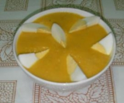 cremita de verduras de fondo de nevera con huevo cocido