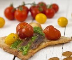 Pissaladiere de Anchoas-Tomates Cherrys con Pesto de Rúcula y Almendra