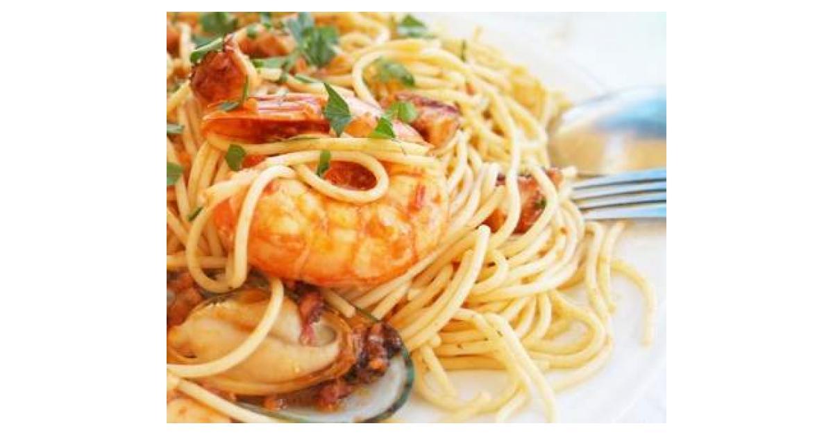 Espaguetis con almejas sepia y gambas por - Espaguetis con almejas ...