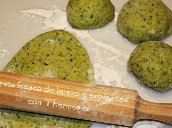 Pasta Fresca De Huevo Y Espinacas