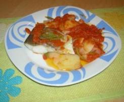 Bacalao con tomate y patatas panadera