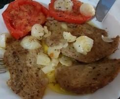 Seitán con cebolla y tomate