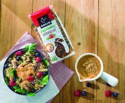 Ensalada de pasta integral Gallo® con lentejas y frutos rojos