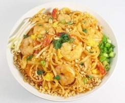 Pad Thai de gambas o pollo