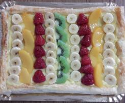 Tarta De Hojaldre y Fruta Fresca