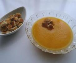 Crema de calabaza y picatostes (Receta Ligera)