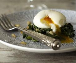 Espinacas con huevos mollets