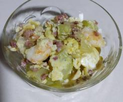 Variaciones Revuelto de calabacín, huevo , langostinos y tacos de jamón