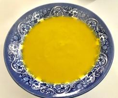 Sopa de zanahorias y mango con coco