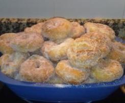 Roscos fritos de naranja y anís