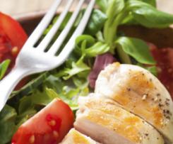 Pepinos con Ensalada de Pollo y Almendras