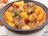 Caldereta de cordero con patatas y verduras