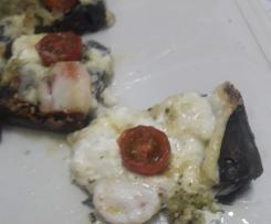 Pizza De Pulpo Con Masa Negra y Pesto De Almendra