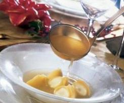 Sopa de Navidad con Galets rellenos de crema de quesos.