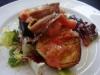 Ensalada con berenjena y anchoas