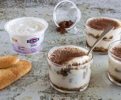Vasitos de tiramisú con yogur FAGE Total 0%