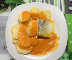 Bacalao con patatas al varoma en salsa de cebolla