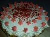 Tarta red velvet con fresas y ganache de chocolate blanco