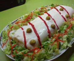 Rollo de patatas relleno (de atún y huevo con tomate)