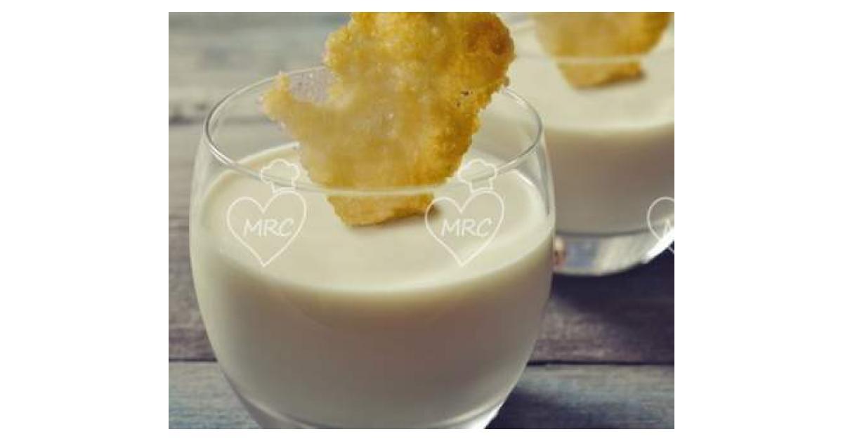 Panna cotta de queso de cabra con crujiente de parmesano por isabel cosme la receta de - Beneficios queso de cabra ...