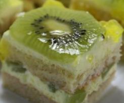 Tarta de kiwi con nata al limón