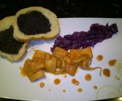 sepia al vermut con lombarda y pan de tinta de calamar
