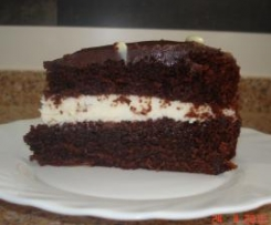 Bizcocho de chocolate relleno de mascarpone