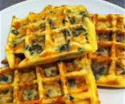Waffle de espinacas y queso