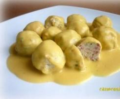 Bolitas de pollo con salsa de mostaza