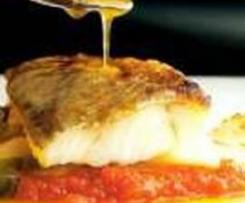 Bacalao con tomate y patatas al vapor
