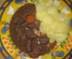 Venado en salsa con Patatas al varoma